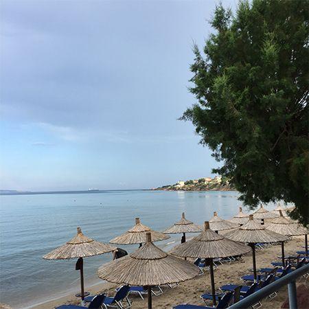 Μια απο τις γνωστότερες παραλίες της Χίου η παραλία του Καρφά