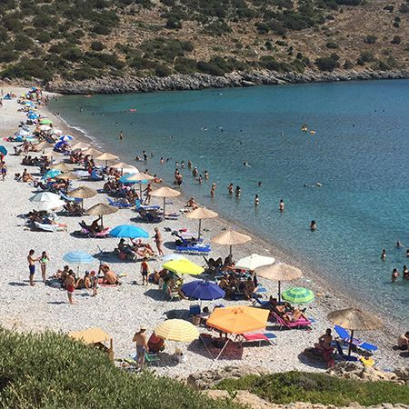 Η παραλία Σαλάγωνα στην Νότια Χίο