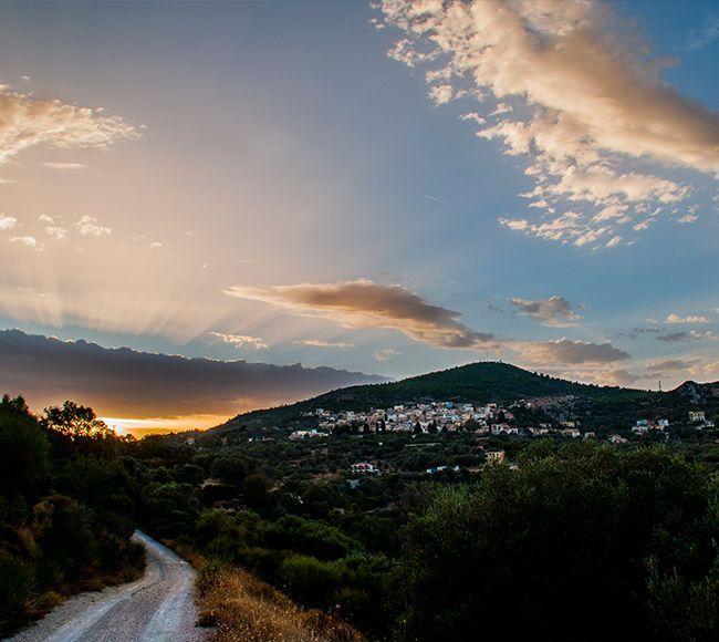 Πανοραμική θέα από το χωριό Θολό Ποτάμι  στην Νότια Χίο