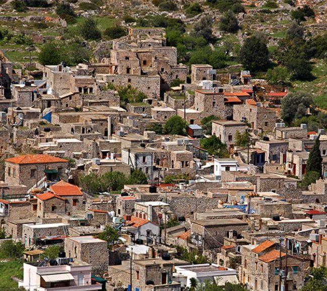 Ο μεσαιωνικός οικισμός της Βέσσας στην Κεντρική Χίου