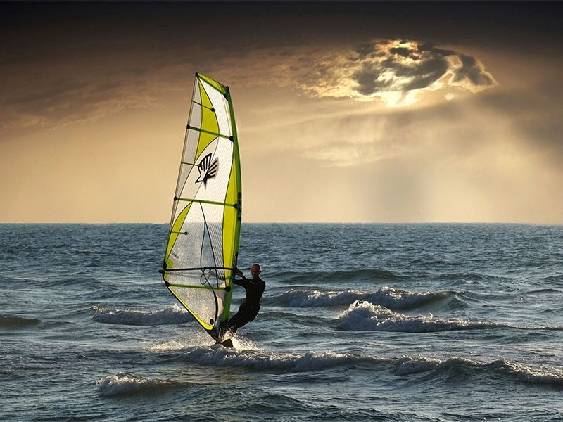 wind-kite-surfing-1